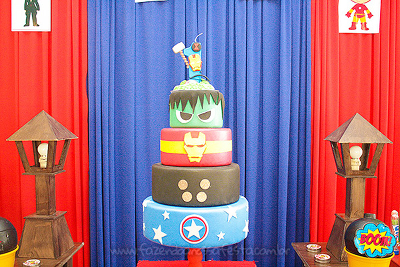 Bolo Festa Vingadores Cute do Joao Henrique