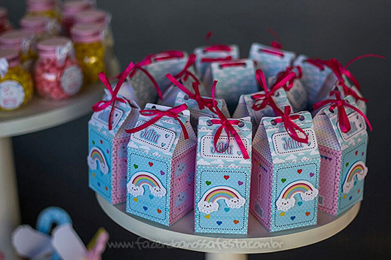 Caixa Milk Festa Infantil Chuva de Bênçãos da Julia