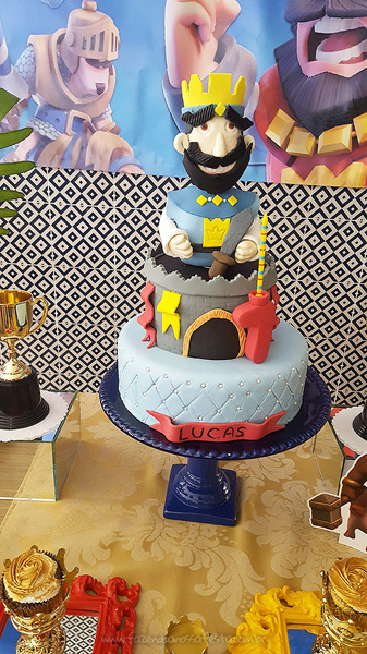 Bolo Festa Infantil Clash Royale do Lucas