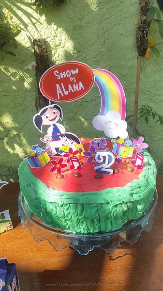 Bolo Festa Infantil Show da Luna da Alana