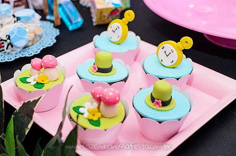 Festa Infantil Alice no Pais das Maravilhas da Laura 14