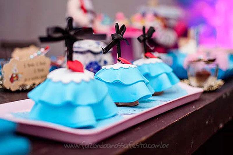 Festa Infantil Alice no Pais das Maravilhas da Laura 22
