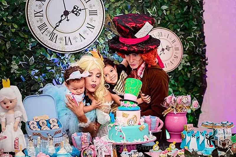 Festa Alice no País das Maravilhas da Laura 40