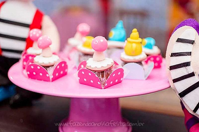 Festa Infantil Alice no Pais das Maravilhas da Laura 31