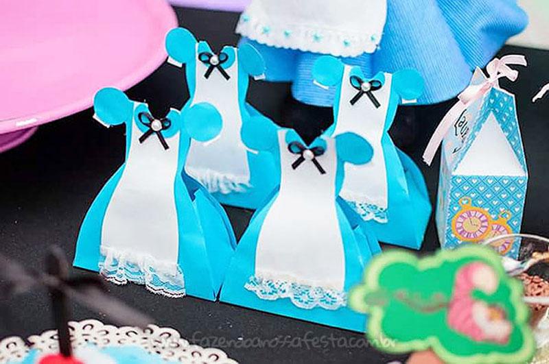 Festa Infantil Alice no Pais das Maravilhas da Laura 33