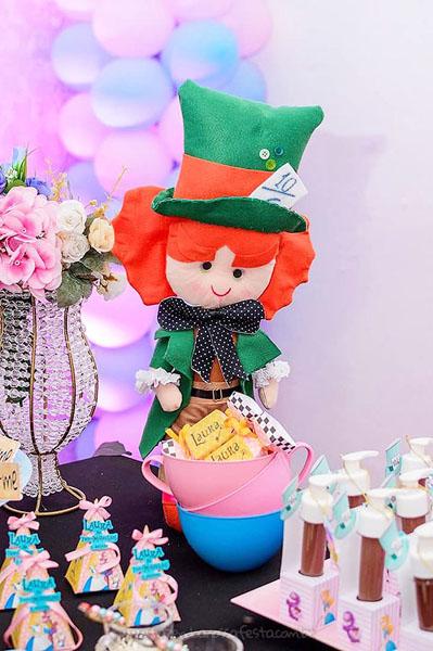 Festa Alice no País das Maravilhas da Laura 46