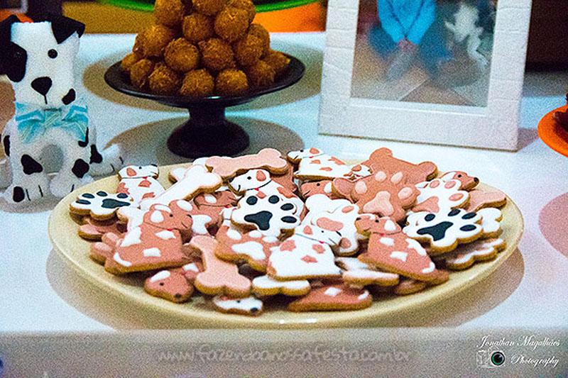 Festa Infantil Cachorrinhos do Luca Biscoitos