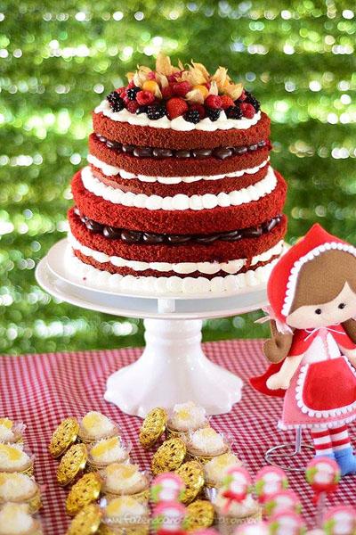 Bolo 2 Festa Infantil Chapeuzinho Vermelho da Isabela