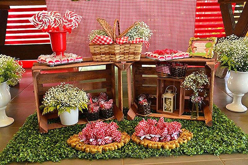Detalhes decoracao Festa Chapeuzinho Vermelho da Isabela