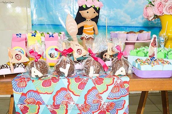 maca de chocolate Festa Infantil da Ayla
