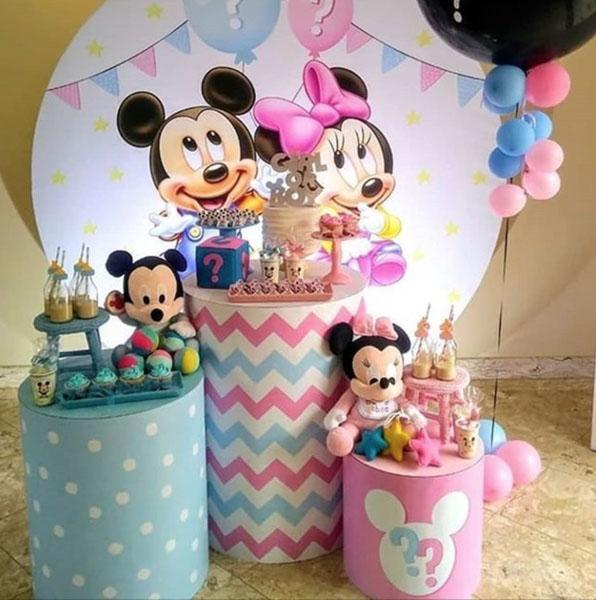 Ideia Painel Redondo para festa Mickey e Minnie 7