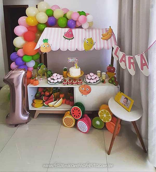 Festa Frutas Poliany Amancio