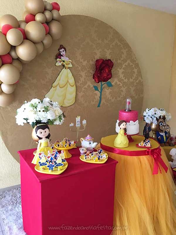 Festa em Casa durante a Quarentena A Bela e a Fera