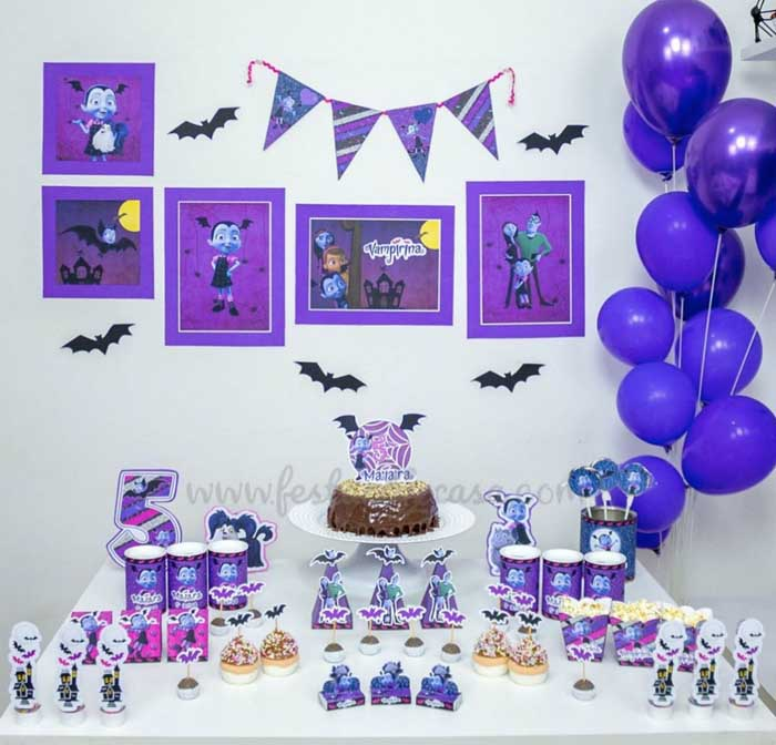 29 Festa Infantil em casa Vampirina