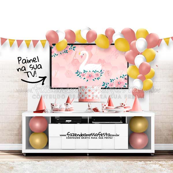 Modelo de festa no rack Flamingo
