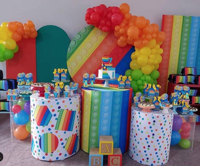 20 Ideias para tema Festa Pop It