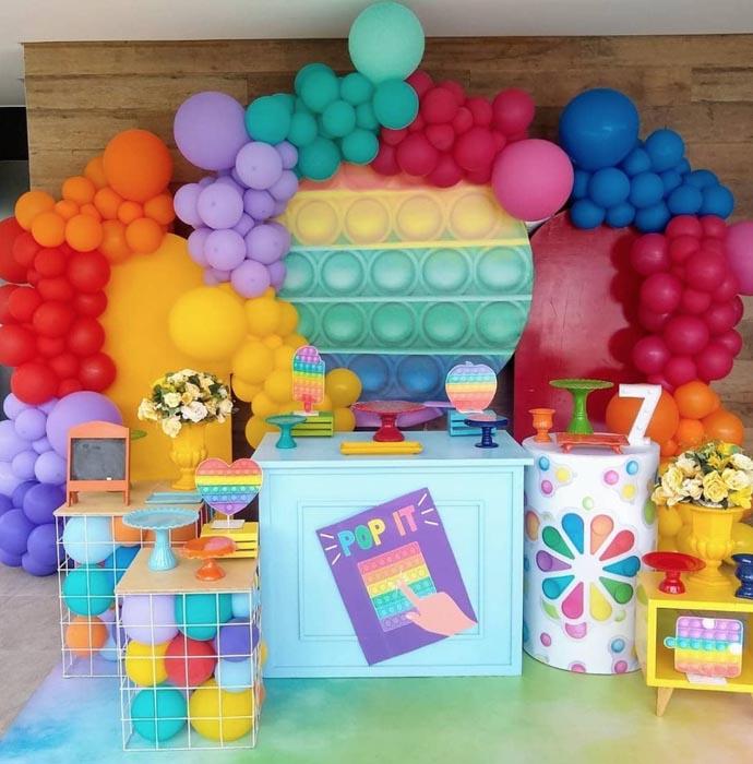 27 Ideias para tema Festa Pop It